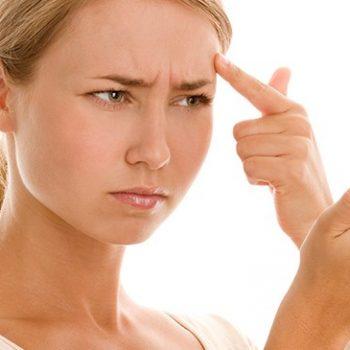 Control pieles grasas con lesiones acnéicas